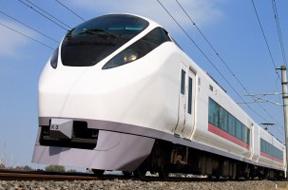 【長根広和】鉄道の輝く一瞬をとらえる