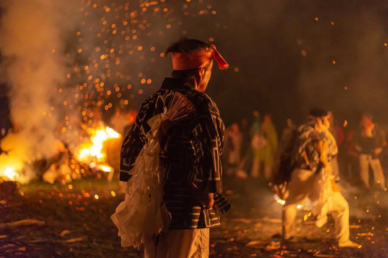 「火おんどり、受け継がれる伝統」 Canon EOS 6D