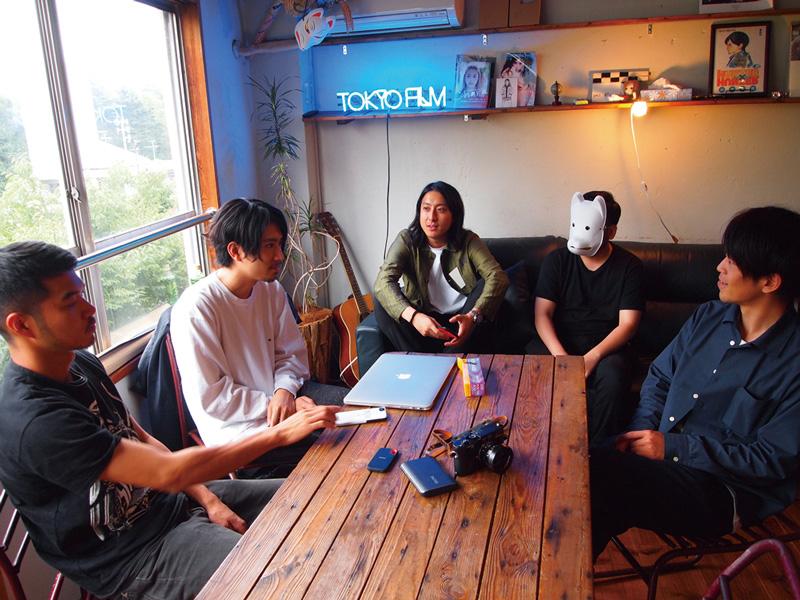 左端から村田圭佑、山田智和、白鳥勇輝、wataboku、柳田裕之。