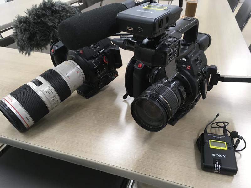 ▲メインカメラはキヤノンEOS C100 Mark II(写真)とパナソニックGH5。それぞれ2台所有し、同じカメラを2台使用することが多い。