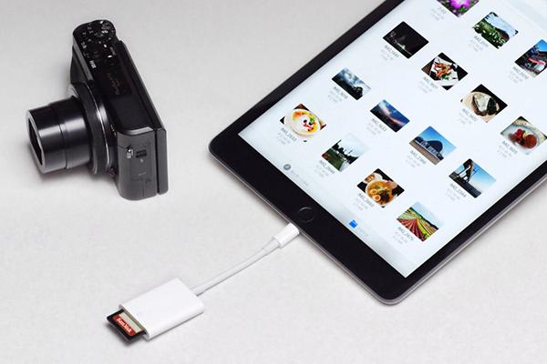 デジカメで撮ったSDメモリカード内の写真を、カードリーダー経由でiPhone/iPadに読み込もう